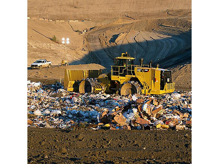 Landfill Compactor 836K