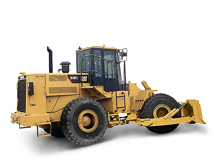 Tracteur sur pneus intermédiaire814F série2