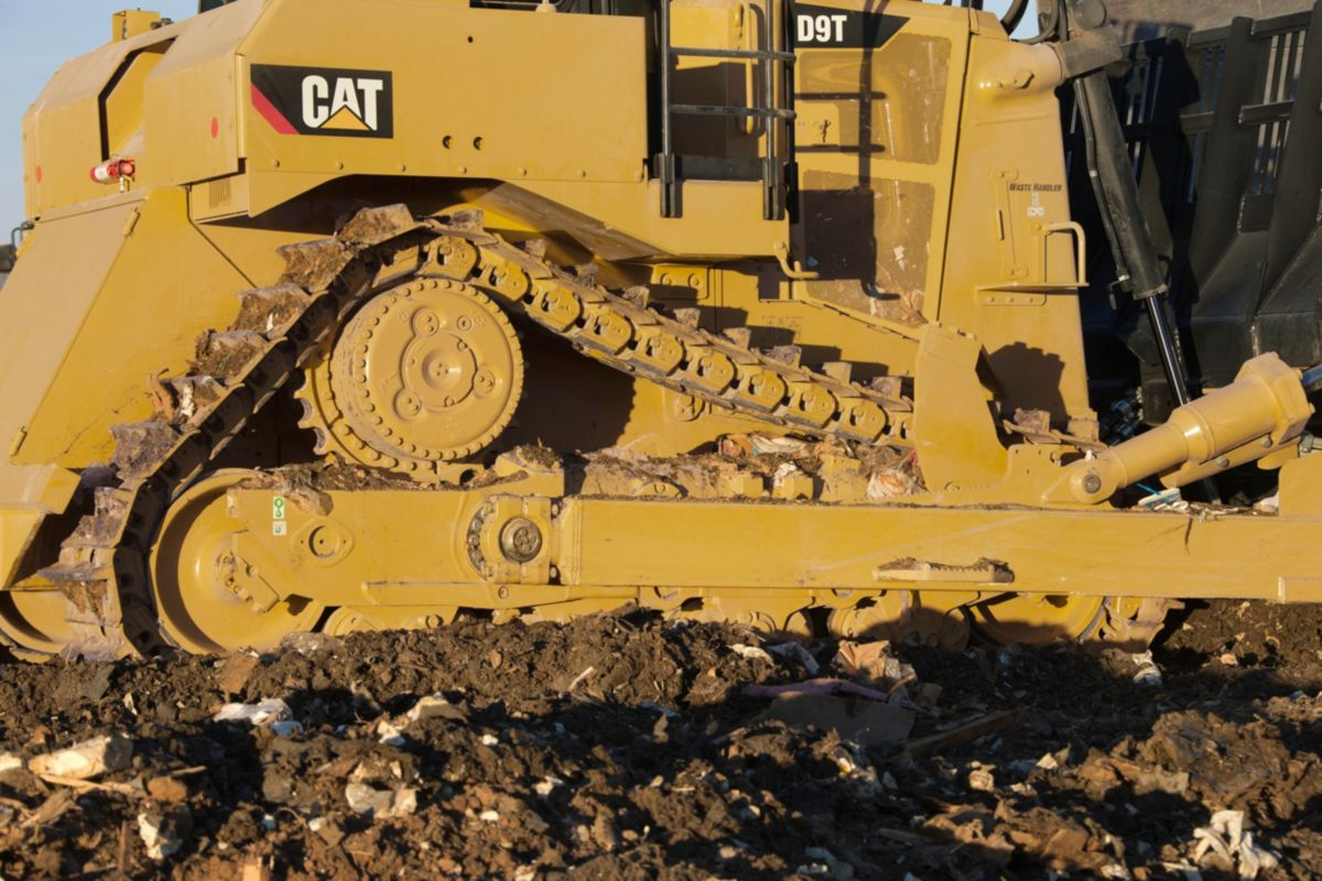 Roller dozer shoes - The Pivot Shaft And Pinned Equalizer Bar Maintain Track Roller Frame Alignment And Allow The Roller Frame To Oscillate For Smoother Ride