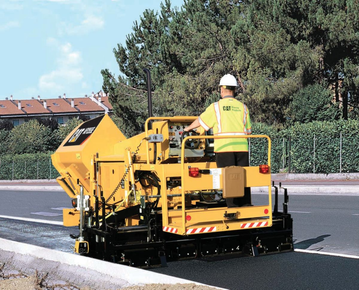 Paving Contractor Increases Profitability with Cat® AP255E Paver