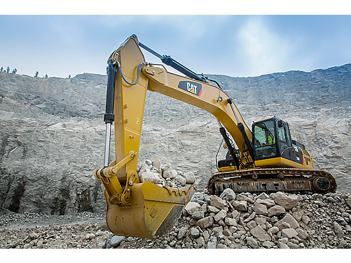 336D2 L Large Hydraulic Excavator