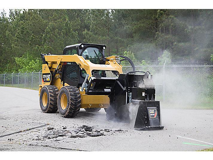 Дисковая пила Cat® SW345B режет бетон