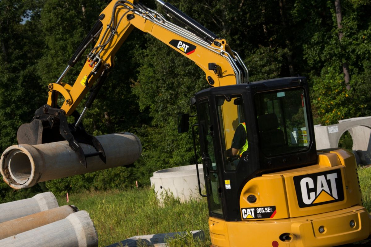 Handling Versatility with Mini Excavators