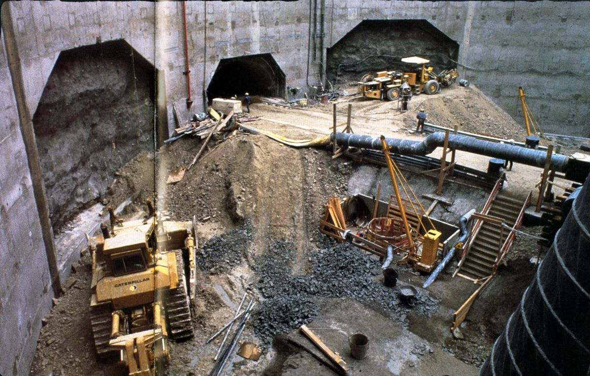 Constructing the Chunnel
