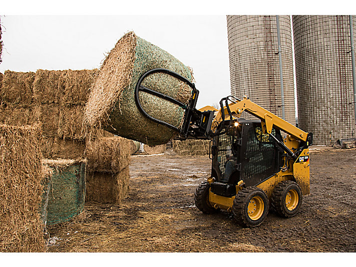 Cat® Bale Grab at Work