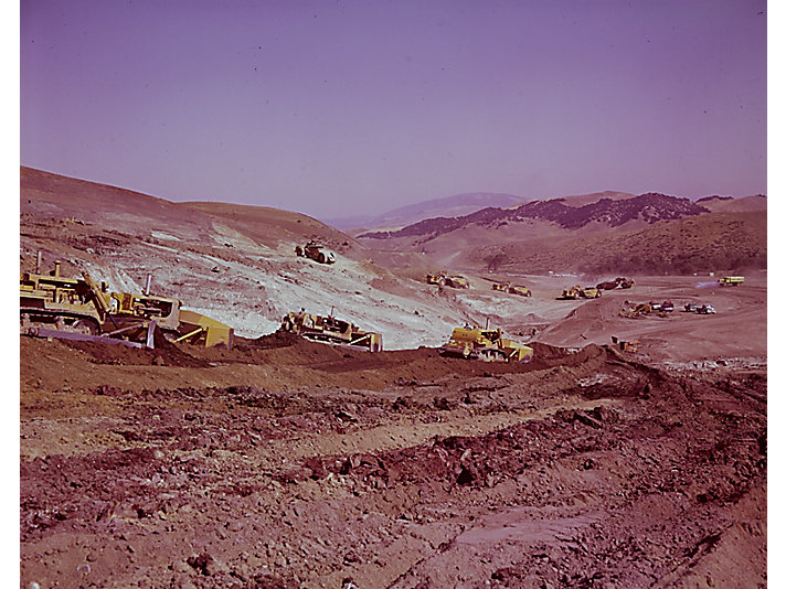 Cat® machines working on a dam project in India, 1964