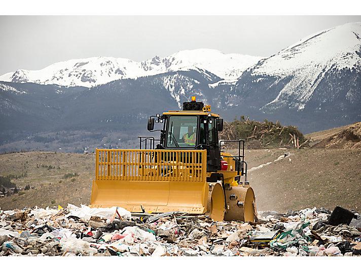 816K Landfill Compactor
