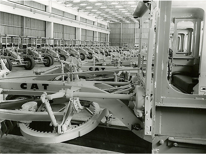 Motor graders produced at our Australia plant in the 1960s.