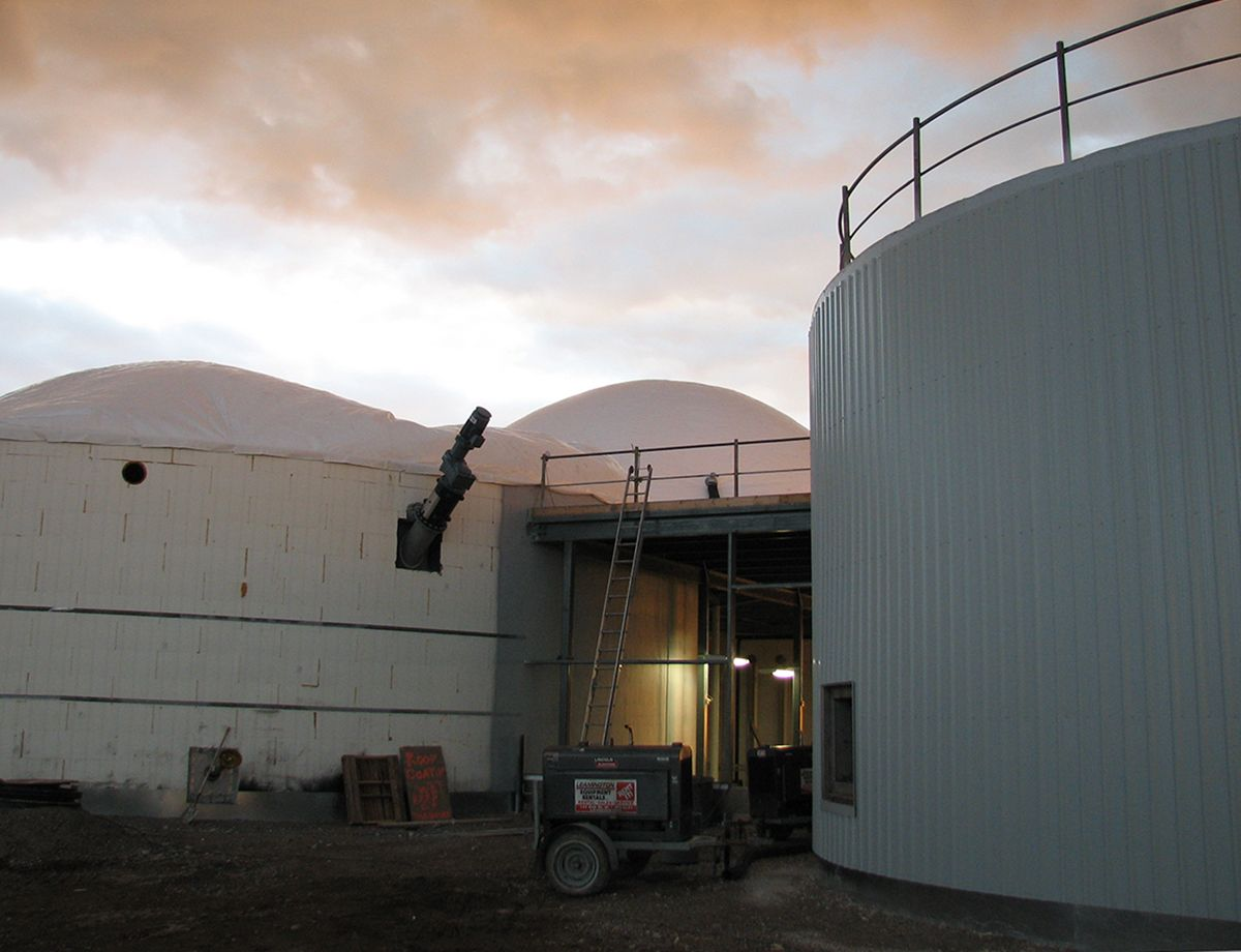 Seacliff collects vegetable and animal waste from nearby farms and greenhouses, generating enough biogas to fuel a power plant designed and supplied by the local Cat® Dealer, Toromont Cat Power Systems.