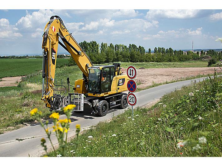 Pelle pour manutention sur pneus MH3022