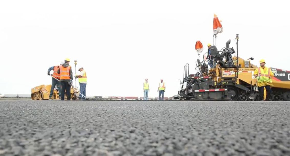 Cat® Customers Turn Old Shingles into a New Runway at Chicago O'Hare Airport