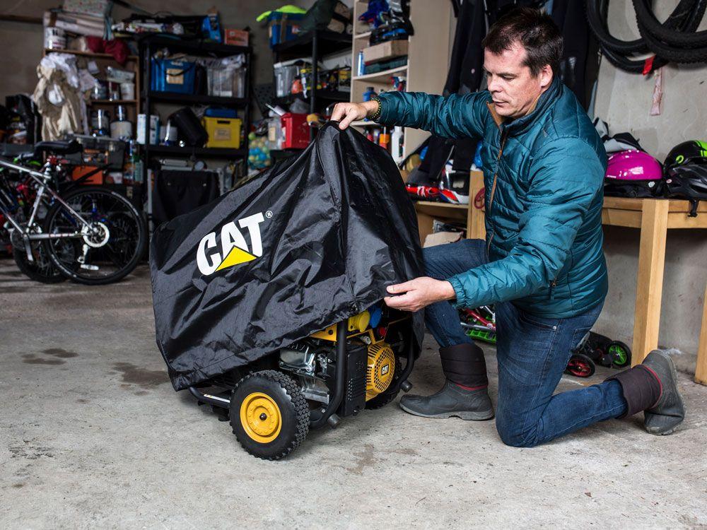 Per mantenere il generatore pulito e asciutto