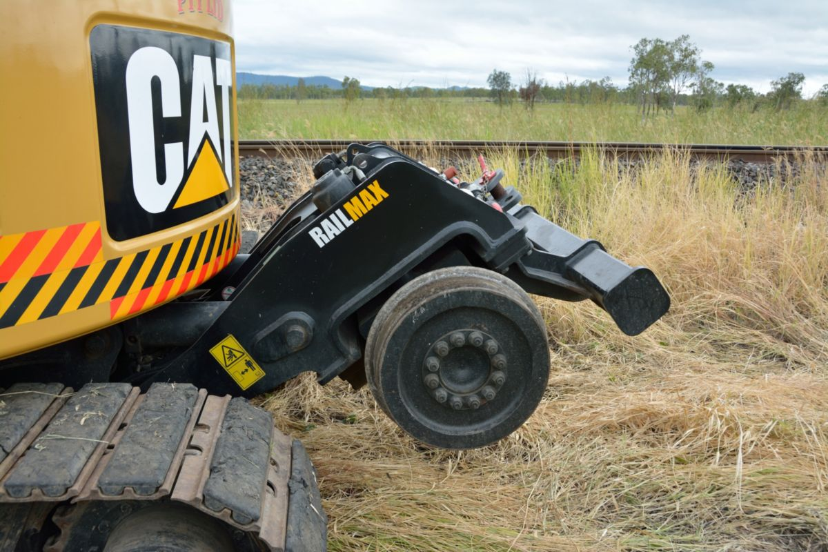 The RMT14D base machine is a Cat® 314D CR Hydraulic Excavator, fitted with the compliant, certified and specially engineered Railmax rail guidance system.