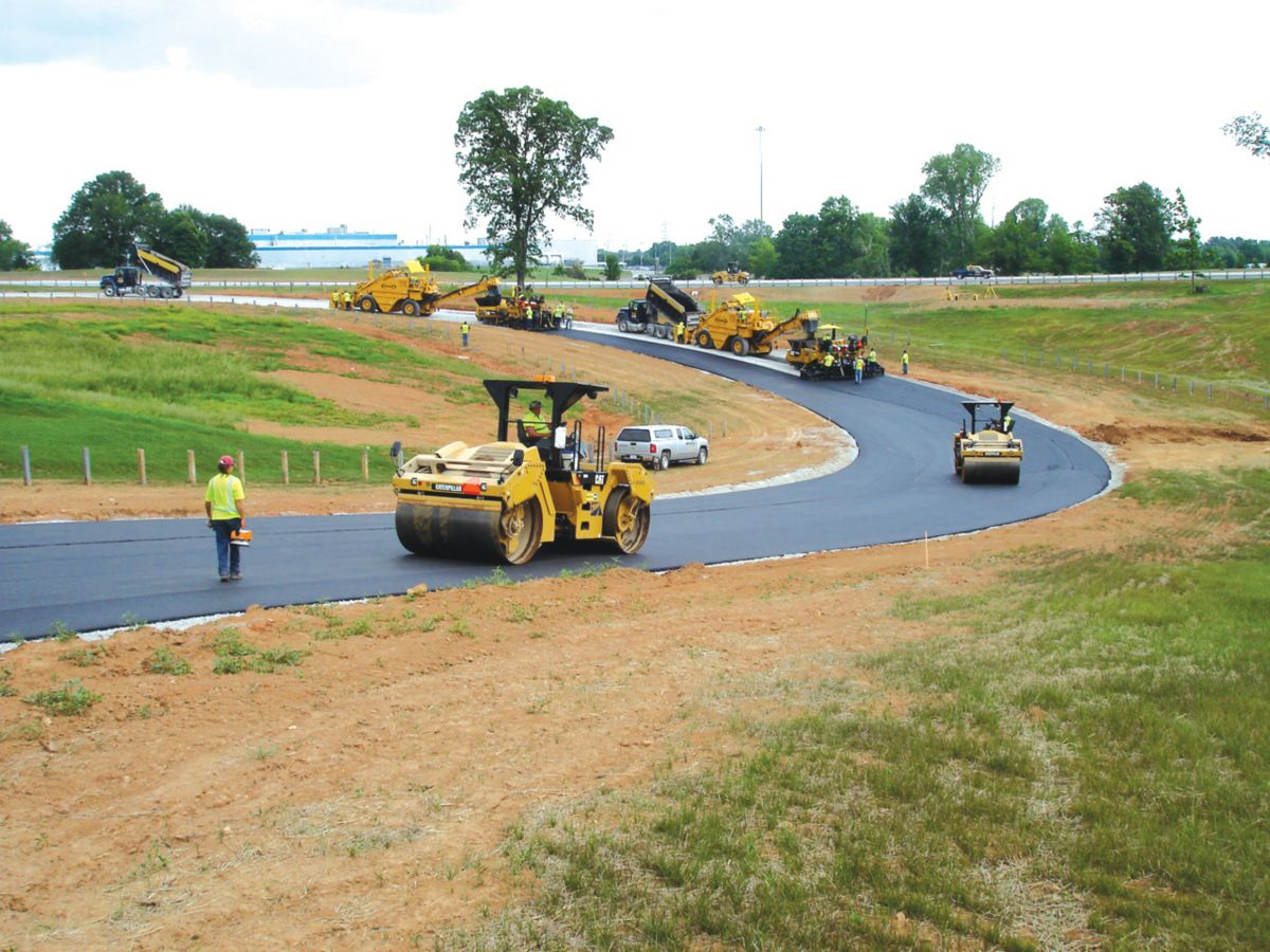 3D Paving Drives Race Track Construction