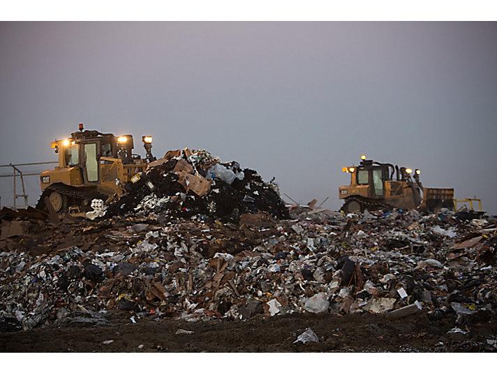 D6T Waste Handler