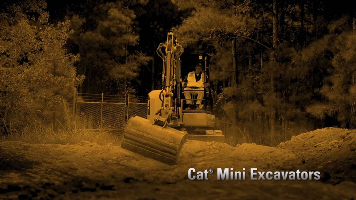 Cat 303.5E2-305.5E2 Mini Excavator video