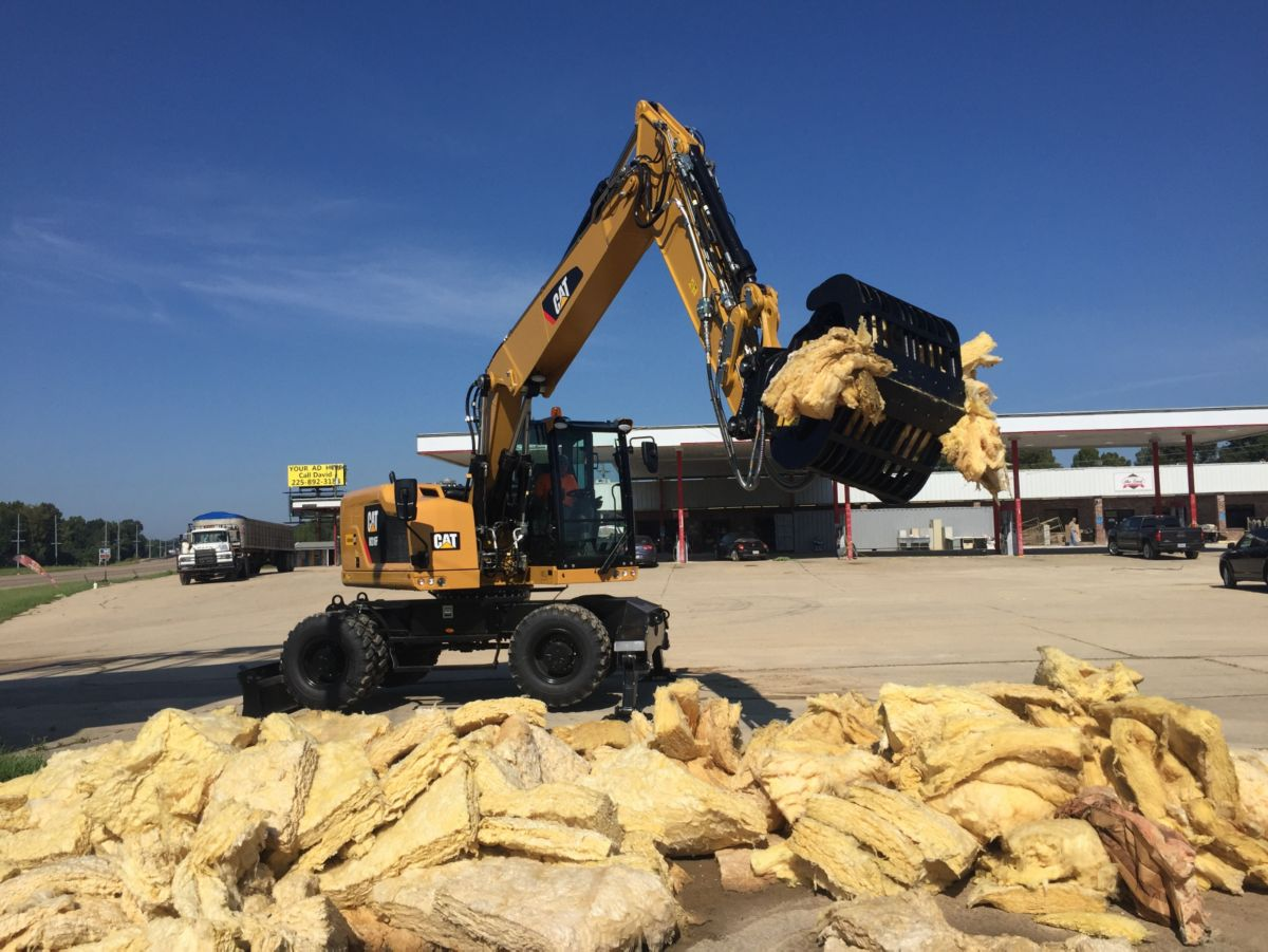 Cat® dealer Louisiana Cat located the machines and attachments and provided training to the customer.