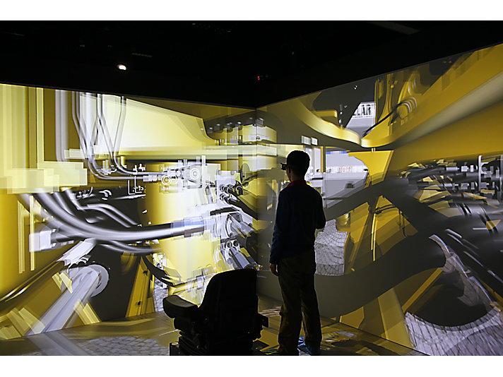 卡特彼勒亮相2016世界智能制造大会