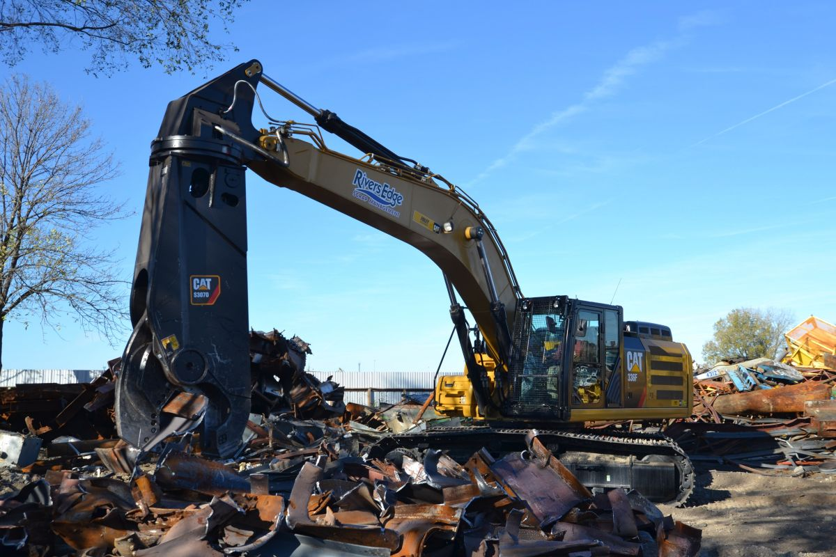 Rivers Edge Scrap Management relies on a range of Cat® machines and work tools, including a Cat S3070 scrap shear recently mounted on its 336FL hydraulic excavator.