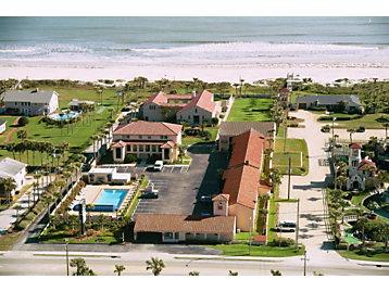 La Fiesta Ocean Inn