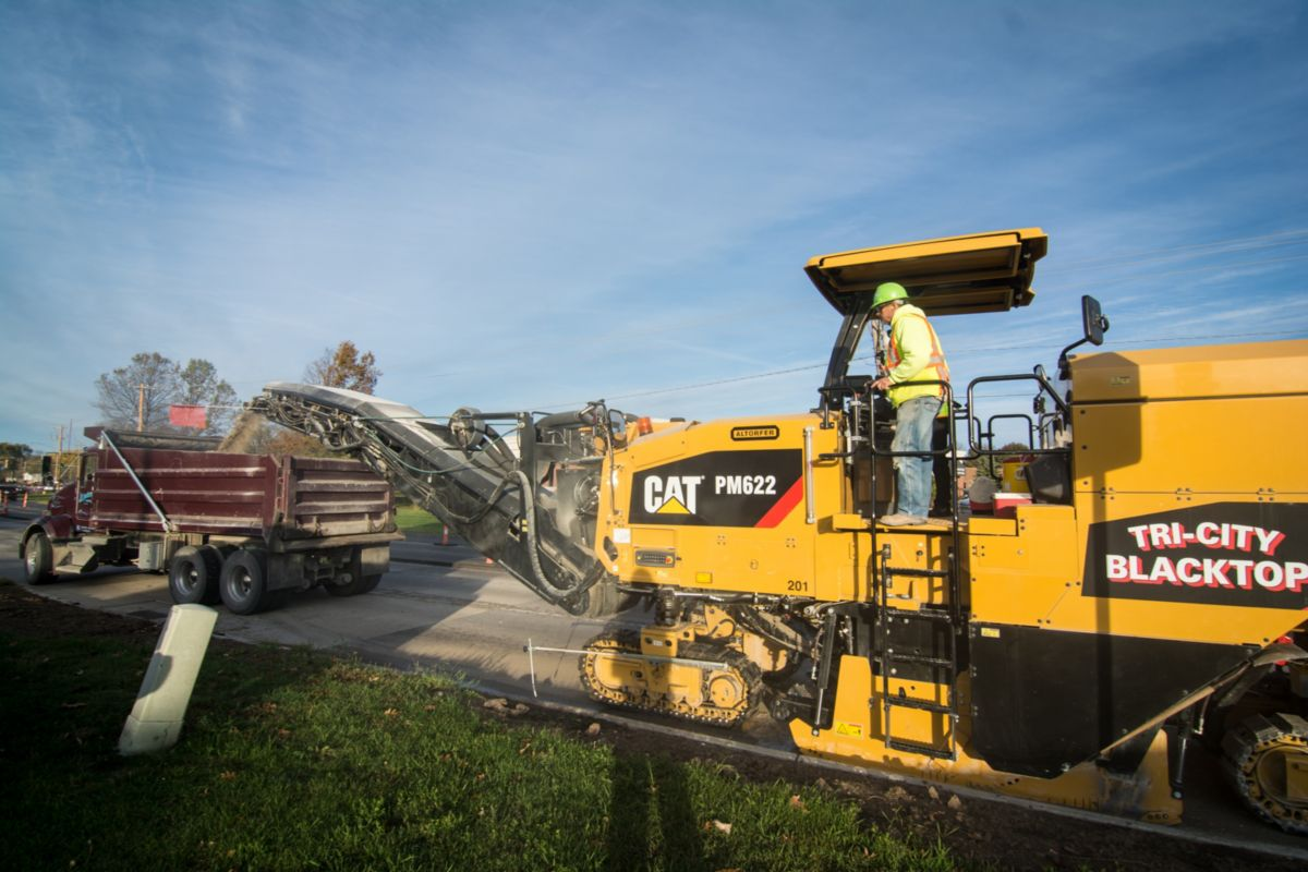 """We can mill with such precision with this machine. It doesn't chatter, the tracks don't jump. It handles tough jobs like this better than any machine that we've seen."" – Luke Carpenter, Tri-City Blacktop Inc"