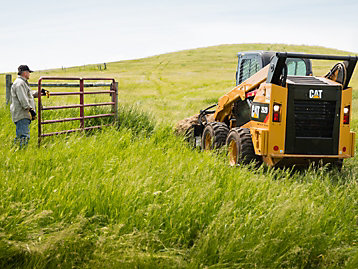 Caterpillar takes an active role in supporting important landscaping industry associations.