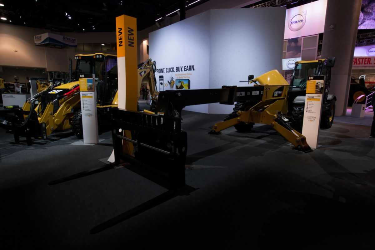 New Cat TH514D Telehandler Featured at CONEXPO