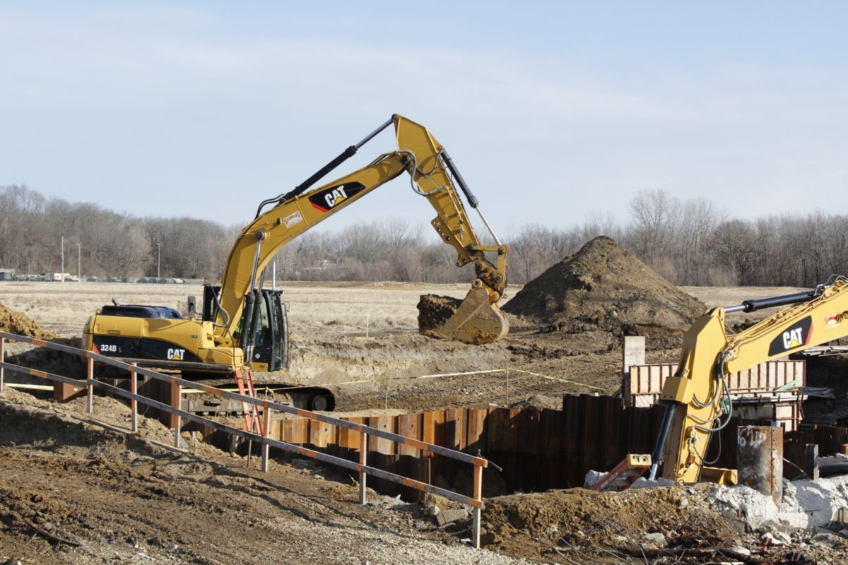 Sangamo Construction is a 3rd generation family business that works on roads and bridges in central and southern Illinois.  Sangamo President Chip Reyhan says using Cat Used Equipment ensures the high expectations of their customers are met.