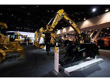 Cat® Hammers and Shears Featured at CONEXPO