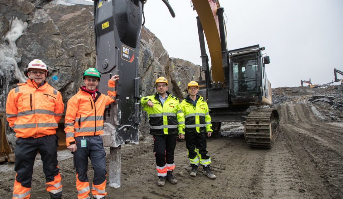 Park & Anlegg relies on Caterpillar's biggest hammer, the H180ES, to help clear the way for Norway's largest ongoing infrastructure project.