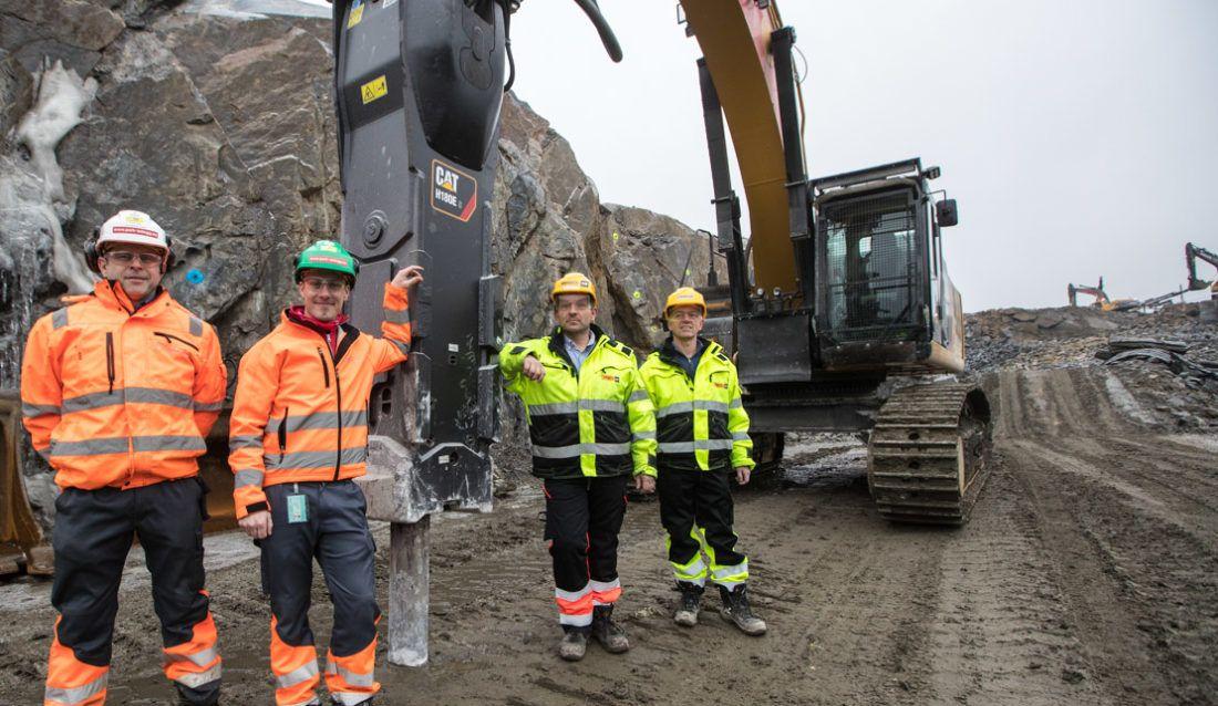 Cat® H180ES Hammer Breaks New Ground In Norway
