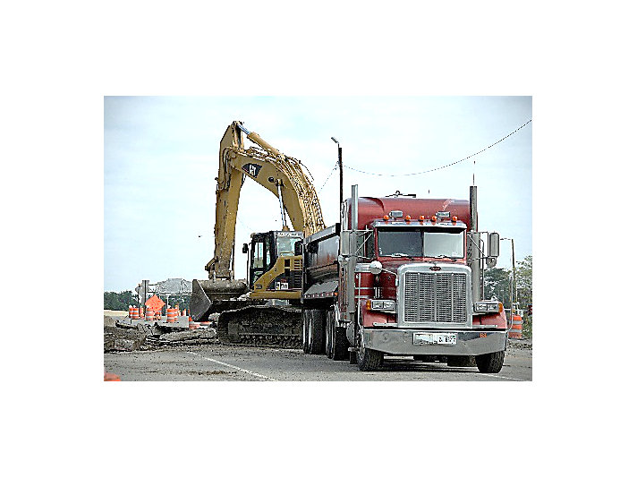 Caterpillar equipment helps customers build transportation infrastructure in the United States – and around the world.