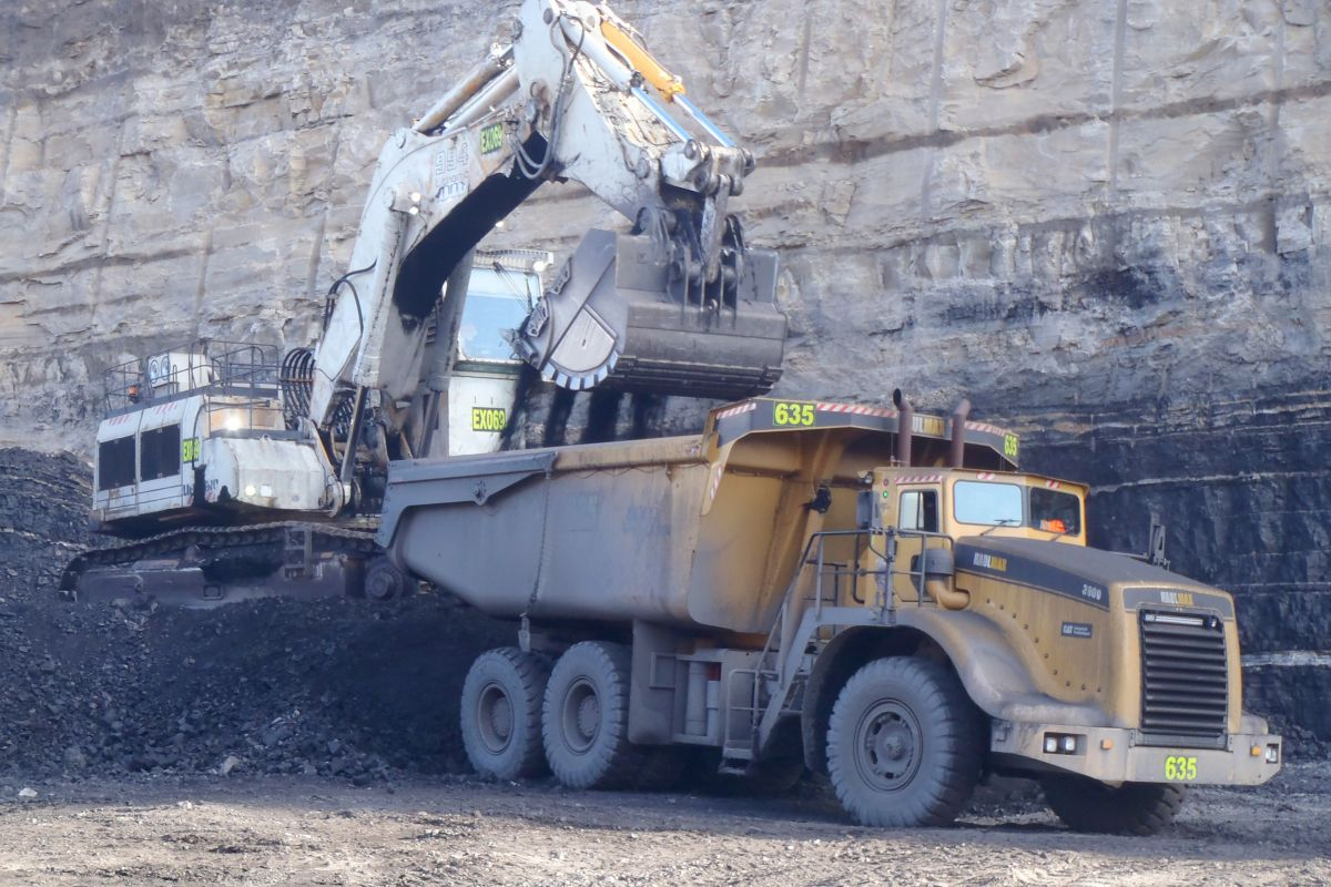 """These trucks have given us an edge against our competitors regarding what we can offer the client on fixed costs per ton, particularly when hauling lightweight material such as coal, or top soil when we're performing mine site rehabilitation."""