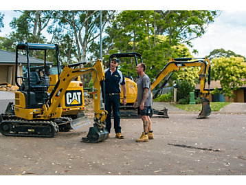 Australian Pool Company Won't Settle for Anything but Cat® Equipment