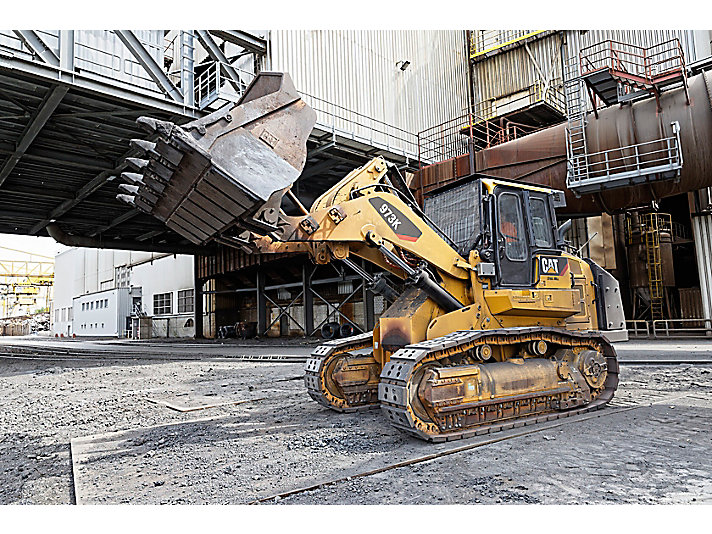 973K Track Loader - Steel Mill Configuration
