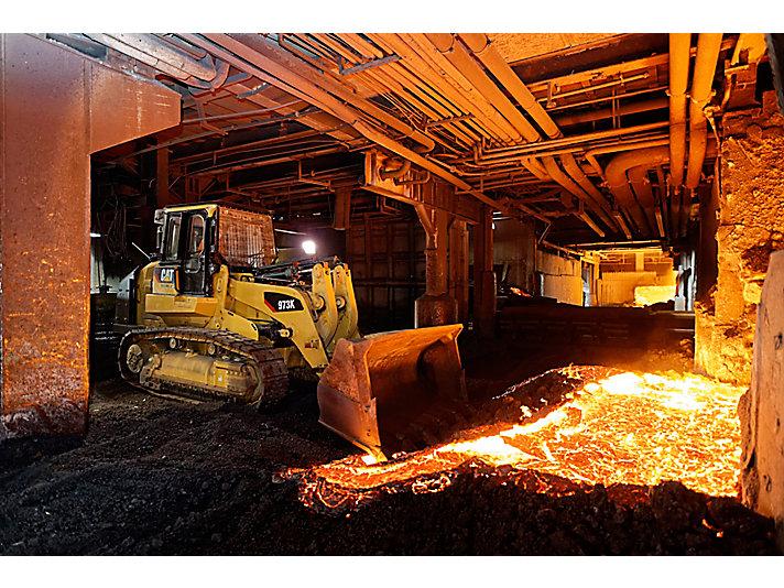 973K Paletli Yükleyici - Çelik Fabrikası Yapılandırması