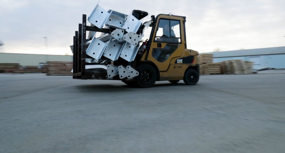 Operators at Nebraska Manufacturer Prefer Cat® Lift Trucks Over Others