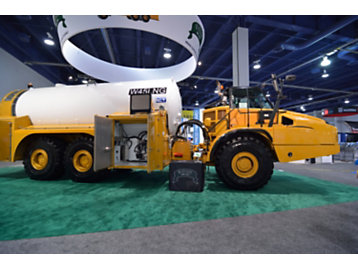 Add Specialty Machines to Your Fleet Through Your Cat® Dealer