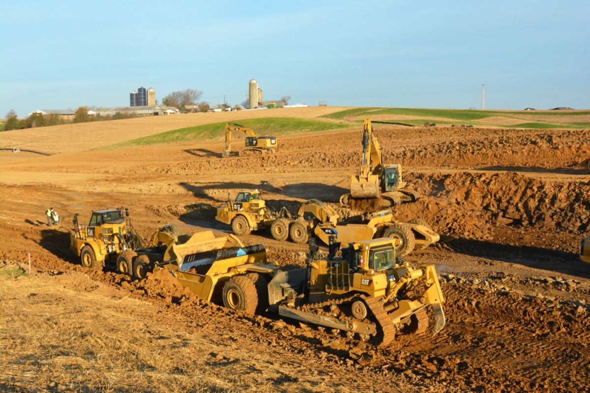Mobile Track Solutions works with Caterpillar OEM Solutions to fill earthmoving niches not covered by the traditional Cat machine family.