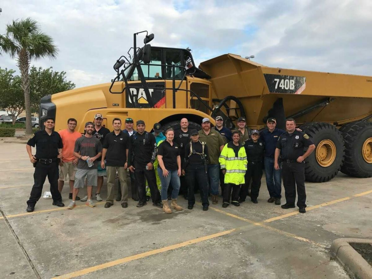 Caterpillar employees in the Houston area partner with local Cat dealers, Houston Police Department and emergency personnel to aid in rescues.