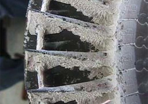 Figura 7: Acumulación de siloxano en la rueda de la turbina del turbocompresor