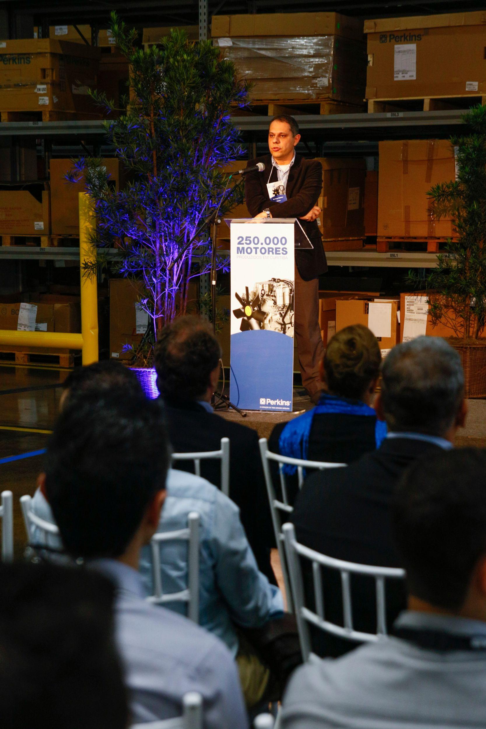 Perkins Curitiba facility celebrates 250,000th engine milestone