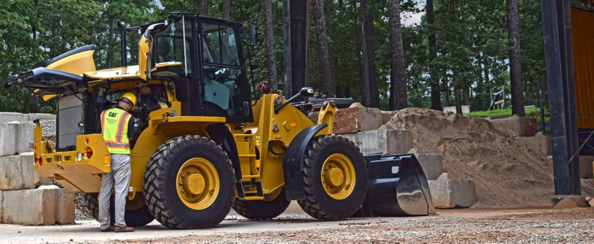 Compact Wheel Loaders Maintenance