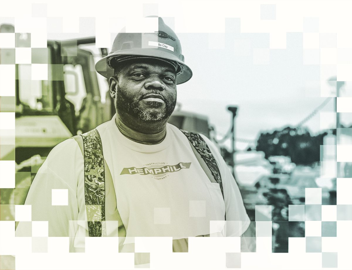 Even with 30 years of experience behind the controls, dozer operator Bo Clay appreciates what Cat GPS technology brings to the job — making his work simpler and more accurate.