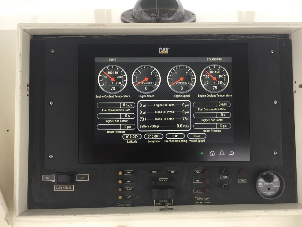 The new Cat Marine Displays installed on the sport-fishing boat Coyote provide critical data about both engines on one easy-to-read screen — highly visible even to those wearing polarized sunglasses.