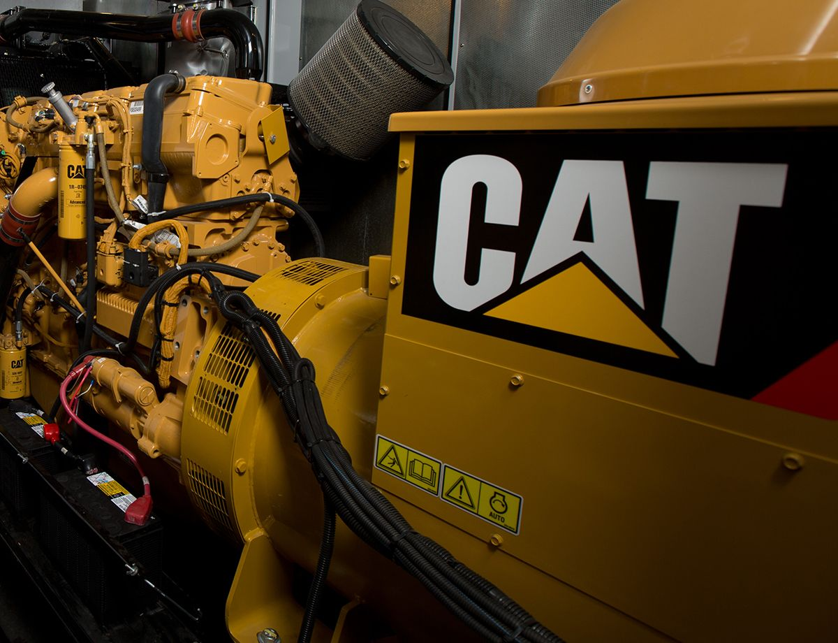 CHI St. Alexius Health worked with the local Cat dealer, Butler Machinery, to design a customized backup power system including six Cat C15 500kW standby diesel generator sets with Cat Engine Paralleling and Integration Controls (EPIC) and two Cat flywheel uninterruptible power supply (UPS).