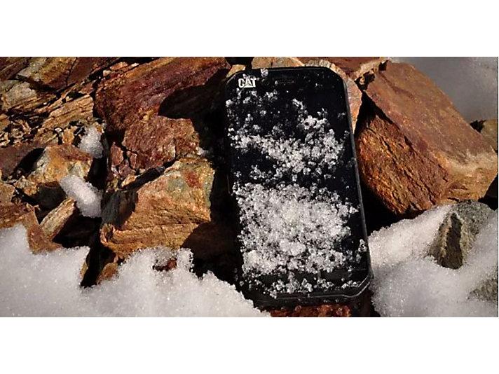 卡特彼勒发布新一代智能手机CAT®S61