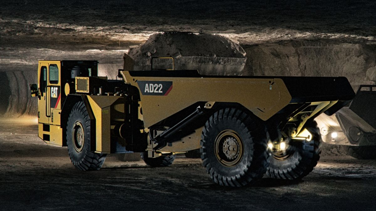 Cat® AD22 Underground Truck - Video
