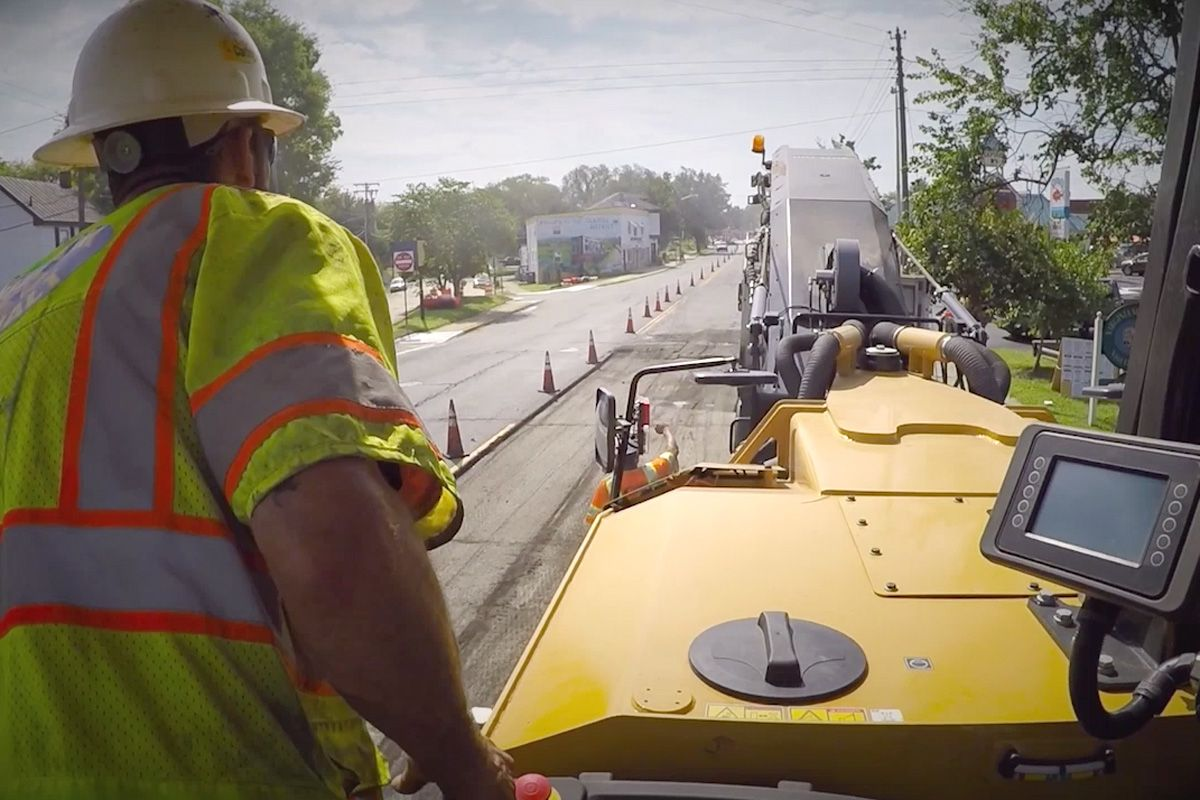 Contractor White Oak Asphalt shares why they chose the PM620 cold planer.