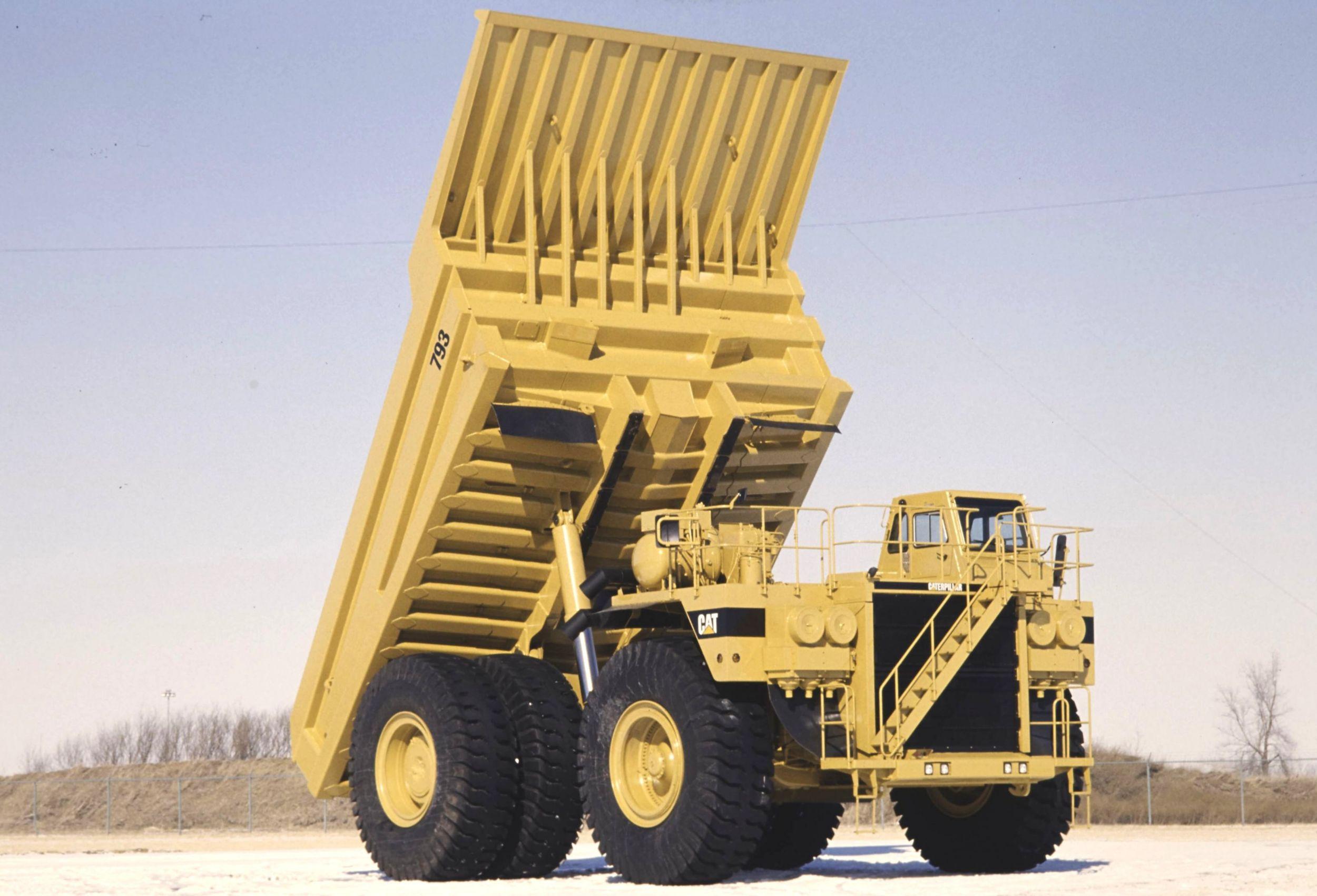Cat® 793 Off-Highway Mining Haul Truck (circa 1991)